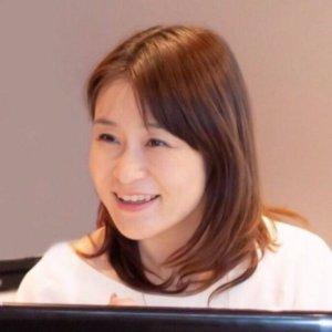 吉田佐希子氏顔写真